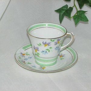 ROSLYN FINE BONE CHINA TEACUP HAND PAINTED FLORAL